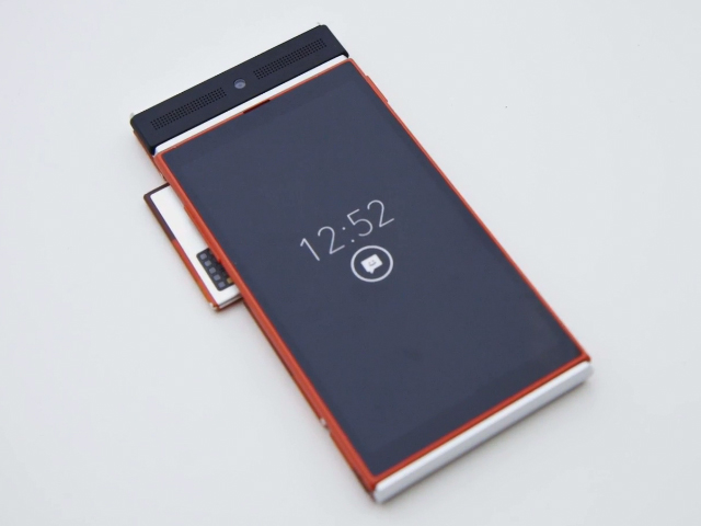Модульный смартфон Project Ara